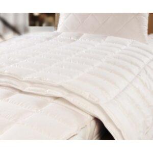 Одеяло хлопковое Brinkhaus Morpheus light (155х215 см)