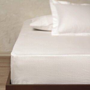 Постельное белье Linens white Square